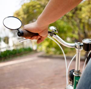 bicycle mirror helps bicycle riders stay safe
